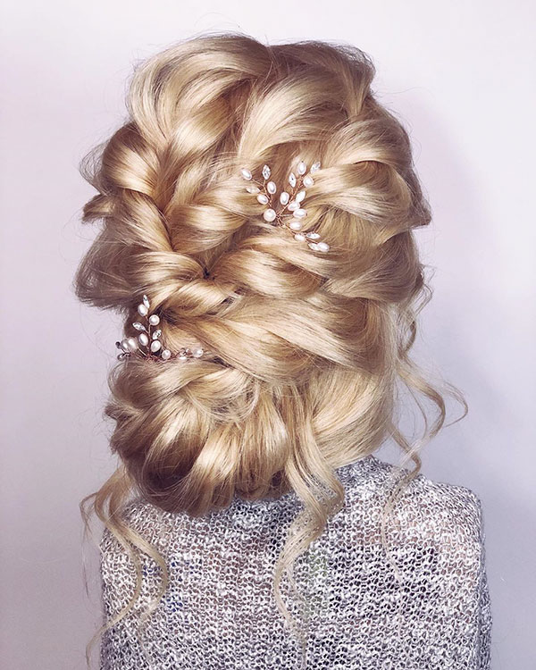 Updo Hair Pictures For Long Hair